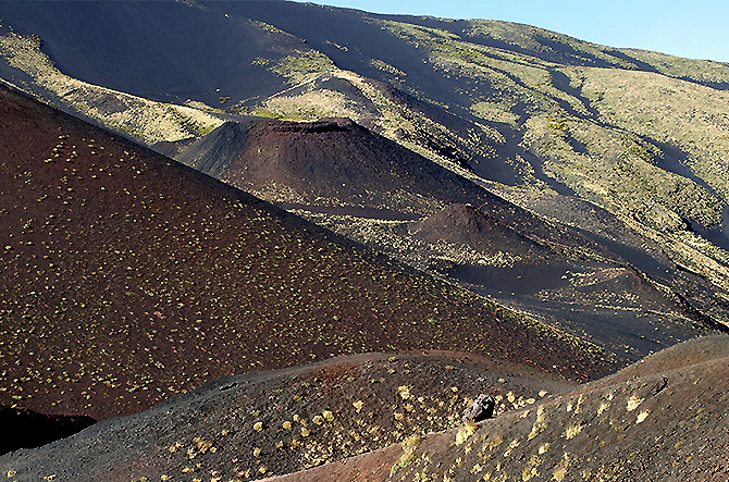 Le paysage lunaire pendant Etna au Matin