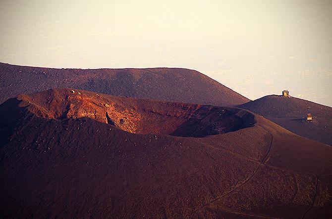 Etna al tramonto dai crateri Silvestri